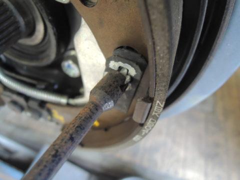 ブレーキシューの組み付け工具